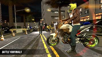Screenshot 1: Moto Street Racers