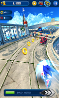Screenshot 1: Sonic Dash
